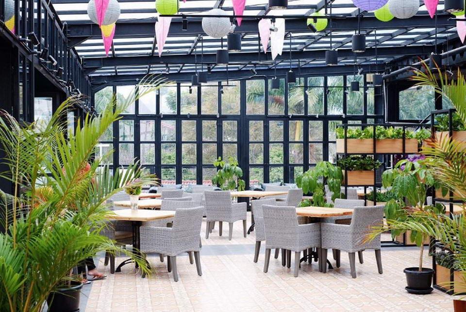 Roofpark Cafe Bogor