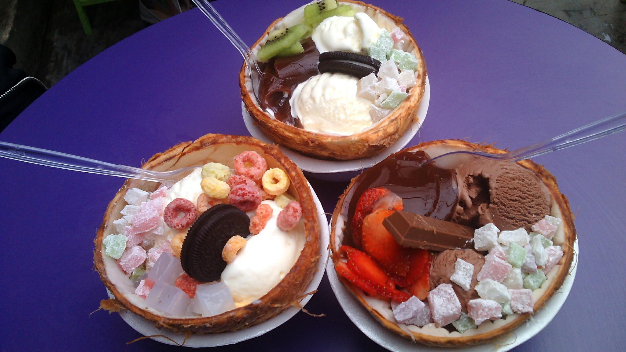 cara asyik makan es krim